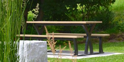 Wishbone Parker Picnic Table in Rossland BC