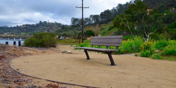 Wishbone-BayView-Bench-With-out-Armrests-in-Del-Mar-California