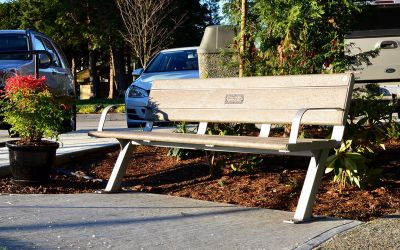 Wishbone-Bayside-Bench-at-Evergreen-Baptist-Care-Home-in-White-Rock-BC