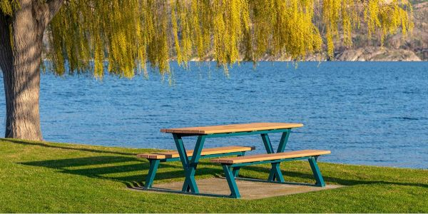 Wishbone-Bayview-Picnic-Table-in-Peachland-BC2