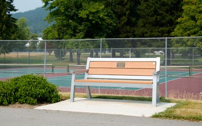 Wishbone-Rutherford-Wide-Body-Bench-in-Revelstoke-BC